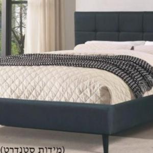 מיטה מרופדת